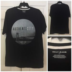 NWOT DKNY Men's Black T-shirt